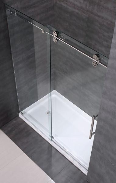 Box doccia trasparente per bagno piccolo