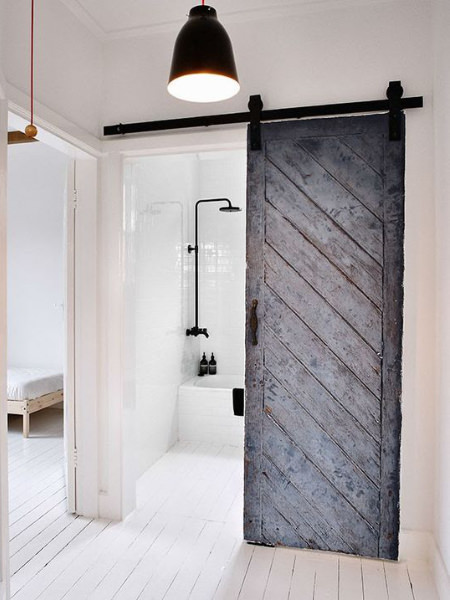 Porta scorrevole per il bagno