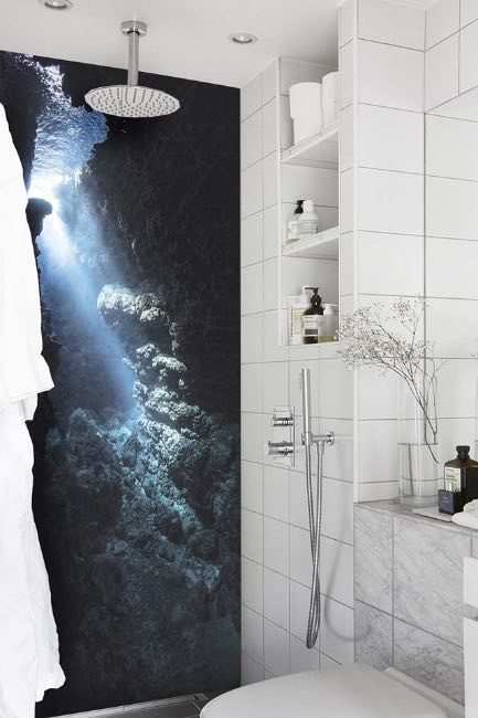 carta da parati in bagno 5 motivi per installarla senza