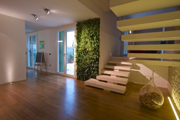 verde-verticale-interni