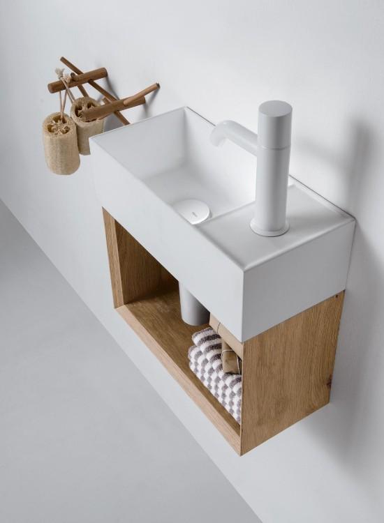 mobile-bagno-stretto-e-lungo