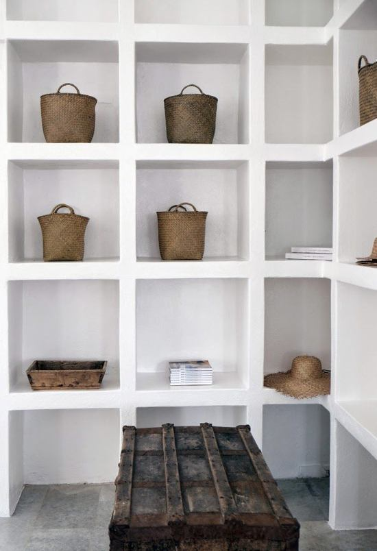 Libreria in cartongesso angolare