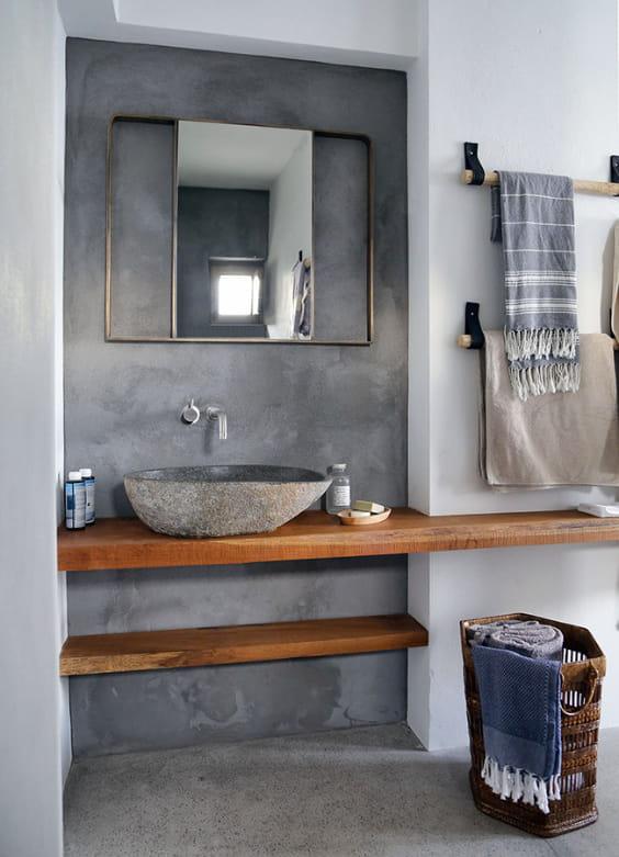 Arredo bagno in stile rustico