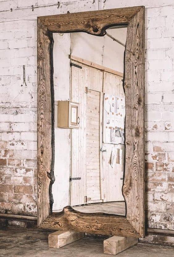 Specchio in stile rustico