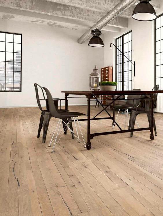 pavimento in legno interno