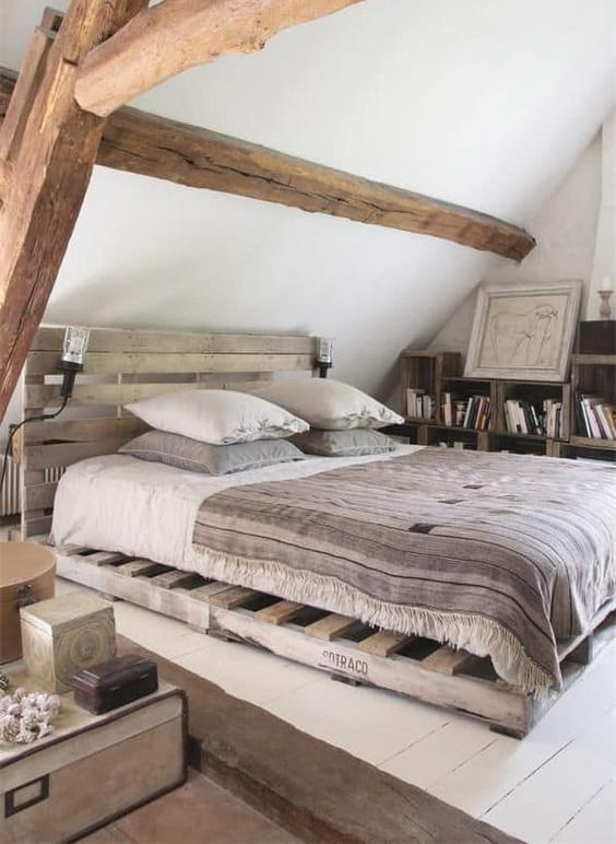 Mobile letto in pallet