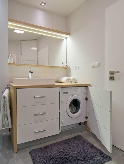 Mobile lavabo e lavatrice per piccoli bagni