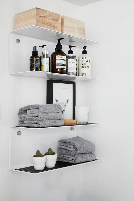 Mensole salvaspazio per bagno piccolo