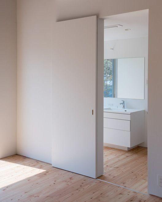 Porta scorrevole per piccoli bagni