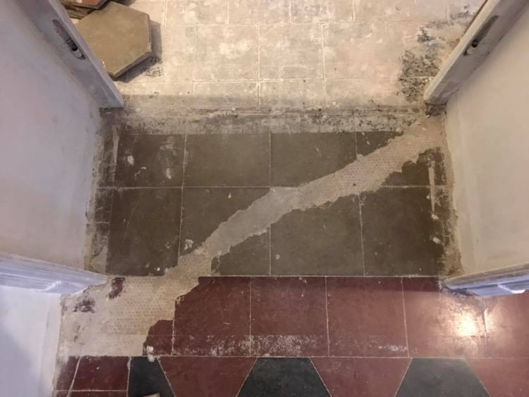 Vecchio pavimento in granito