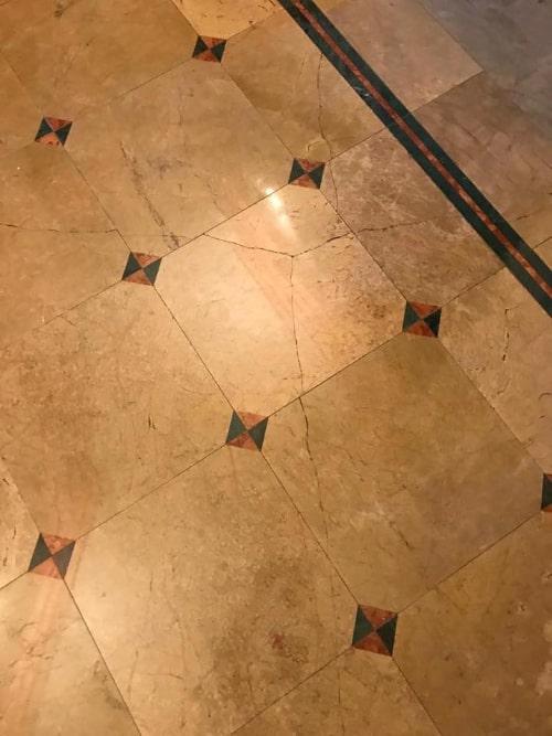 Pavimento marmo da levigare