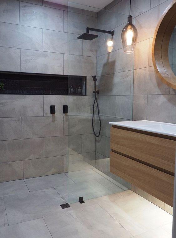 Bagno minimal con doccia