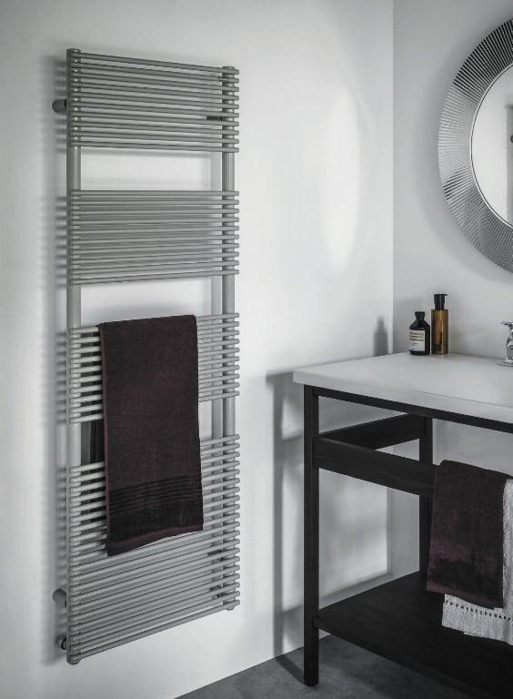 Scaldasalviette bagno verticale
