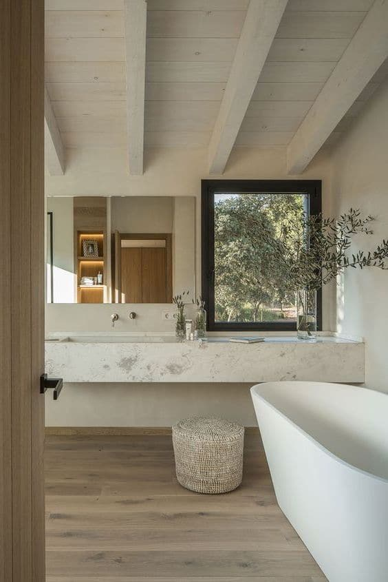 bagno rustico con vasca