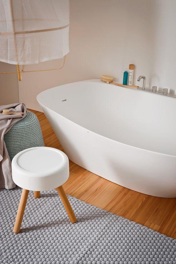 vasca free-standing bianca