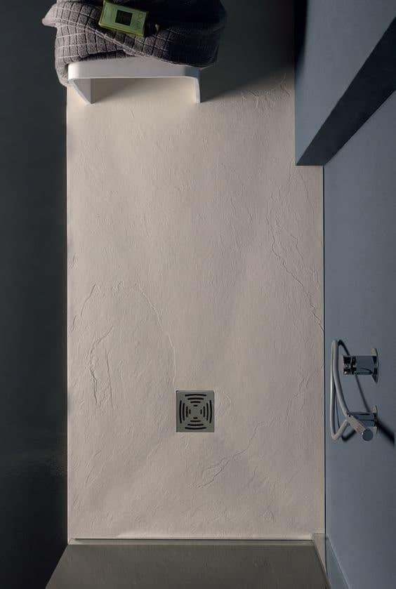 piatto doccia filo pavimento in resina