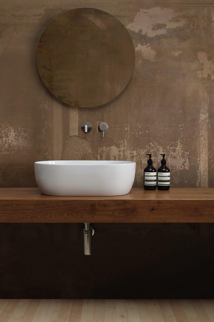 lavabo in appoggio in ceramica