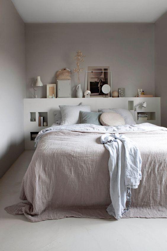 camera con parete dietro letto in cartongesso