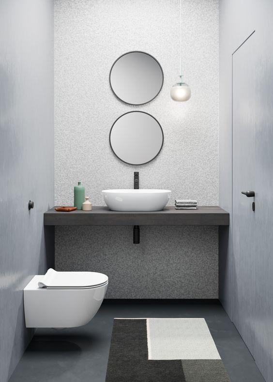 bagno cieco con lavabo e wc