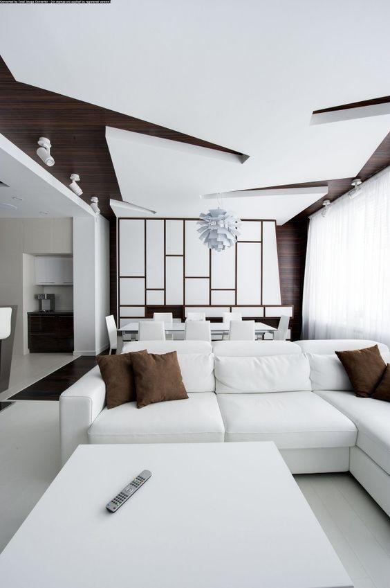 soggiorno con controsoffitto di design